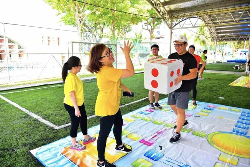 Giant Board Games
