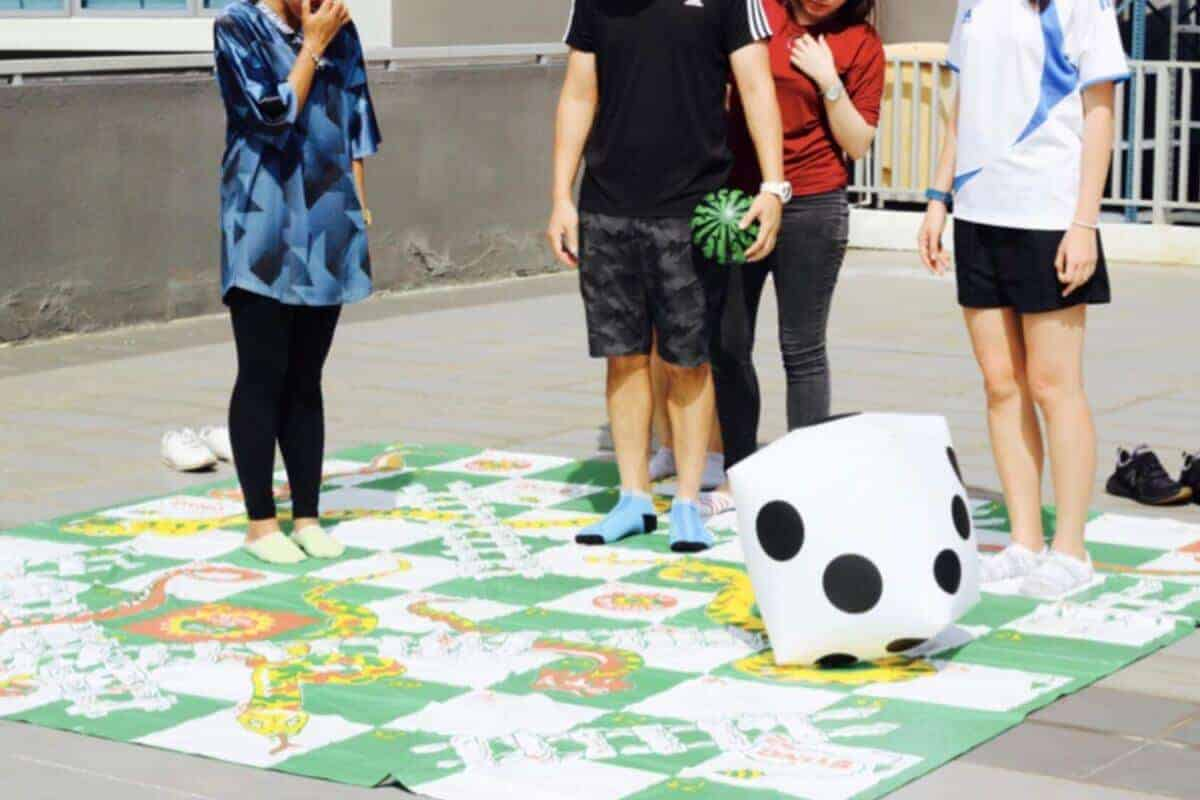 Giant Board Games_5